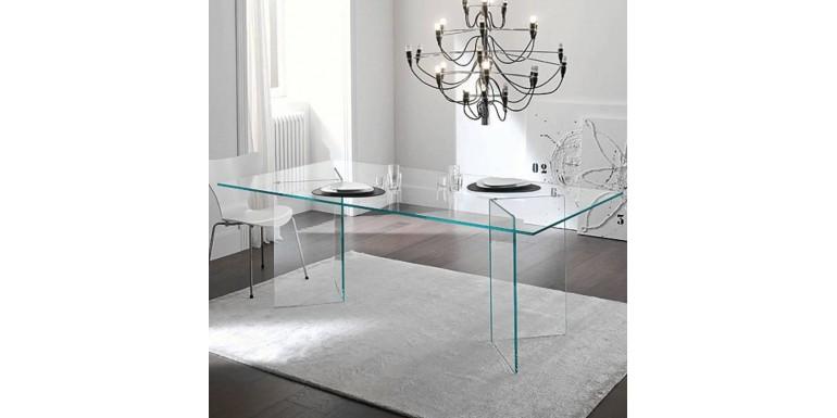 Mobiliario de cristal última tendencia en decoración